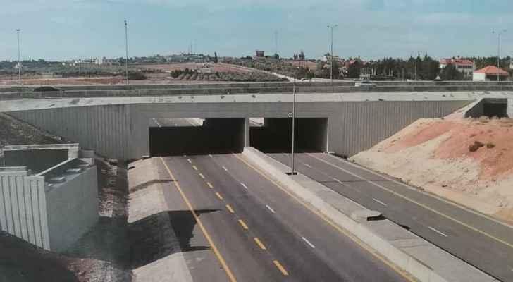 يمول صندوق أبو ظبي للتنمية ٦٠% من تكلفة هذا المشروع