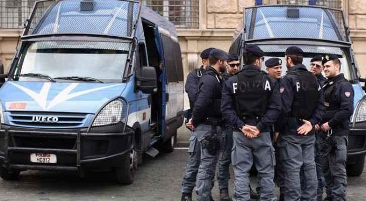 عناصر من الشرطة الإيطالية - أرشيفية