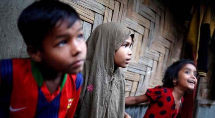 اطفال ينتمون لأقلية الروهينغيا في مخيم تيكناف ببنغلاديش