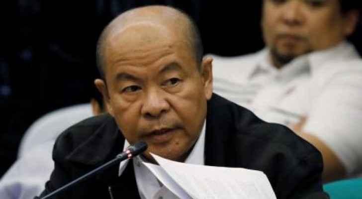 الشرطي الفلبيني المتقاعد أرتورو لاسكاناس يدلي بشهادة أمام مجلس الشيوخ الفلبيني