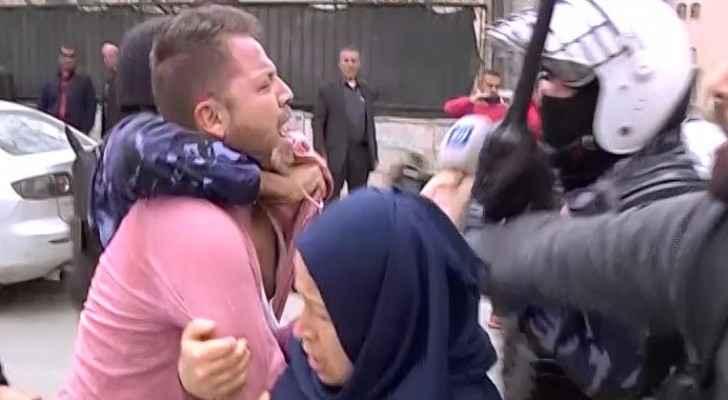 الاعتداء على طاقم رؤيا في فلسطين المحتلة