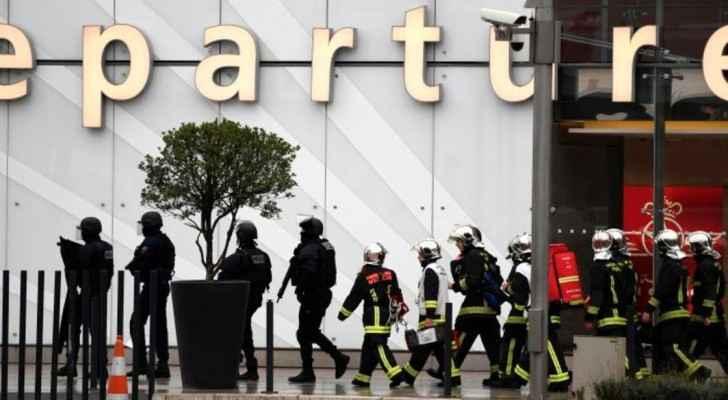 الشرطة الفرنسية انتشرت في محيط مطار أورلي