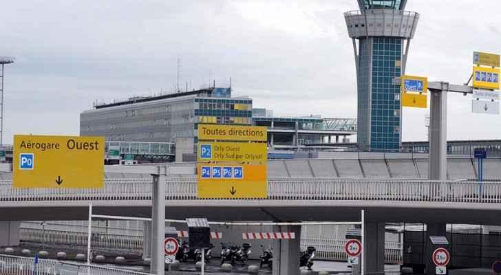 مطار أورلي