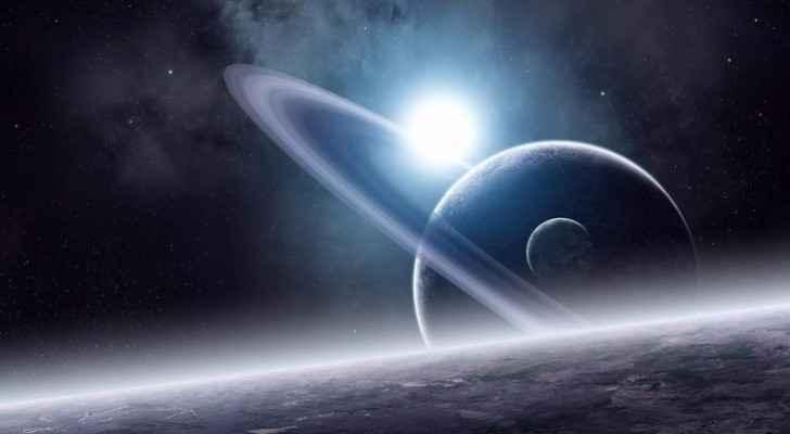 ناسا تعرض صورة ثلاثية الأبعاد لقمر زحل