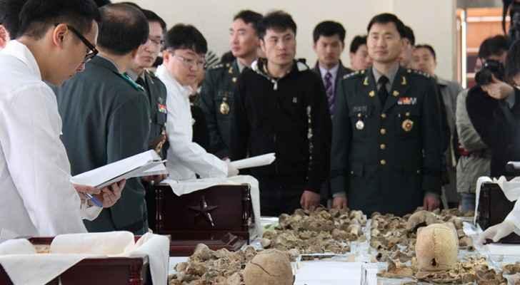 رمم جنود كوريون بقايا لعظام 28 جنديا صينيا