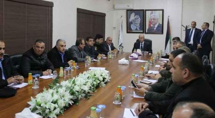 رئيس الوزراء الفلسطيني رامي الحمد يترأس اجتمعا امنيا في نابلس