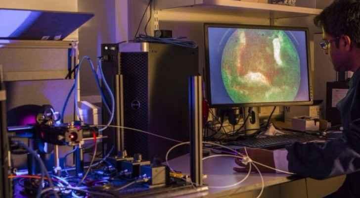 منظار الرئة مكون من أنبوب ألياف بصرية ويغوض في الرئة لاستكشف العدوى البكتيرية واتخاذ قرار بعدم الحاجة لاستخدام مضادات حيوية