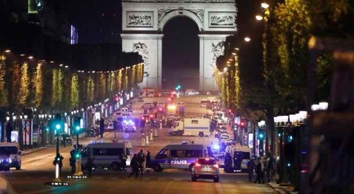 الشرطة الفرنسية في موقع الاعتداء