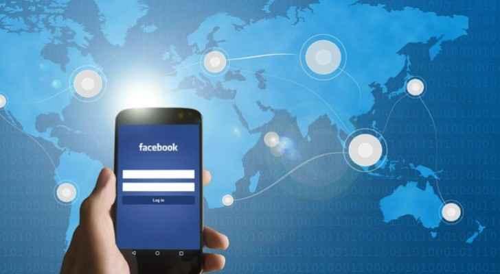 العرب يقضون 57.6 مليون ساعة إضافية على فيس بوك خلال رمضان