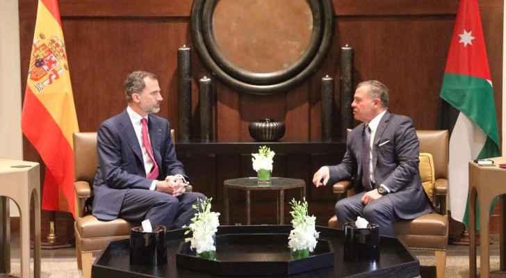 الملك والعاهل الإسباني يعقدان مباحثات ثنائية وموسعة