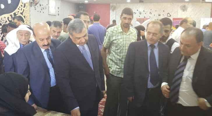 وزير العمل يفتتح المعرض التشغيلي الأول في لواء الرصيفة