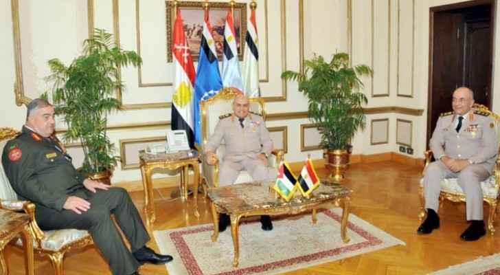رئيس هيئة الأركان المشتركة يزور جمهورية مصر العربية