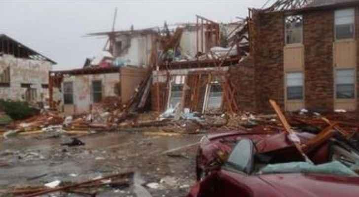 """الإعصار """"هارفي"""" يهدد تكساس بسيول كارثية"""