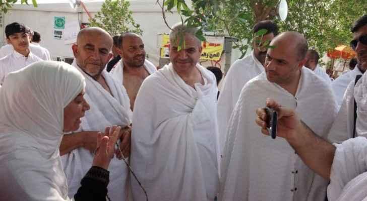 وزير الأوقاف وائل عربيات يتفقد الحجاج الأردنيين بمكة
