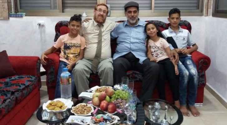 عائلة فلسطينية تتبرأ من ابنها لاستقباله حاخام اقتحامات الأقصى