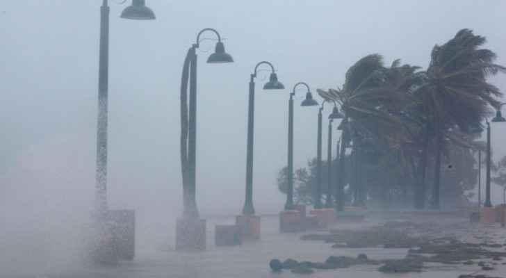الإعصار جوزيه يمر بعيدا عن جزيرتي سان مارتان وسان بارتيليمي