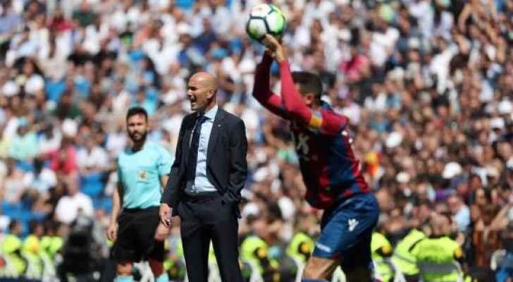 زيدان يقدم طلبًا عاجلًا لرئيس ريال مدريد