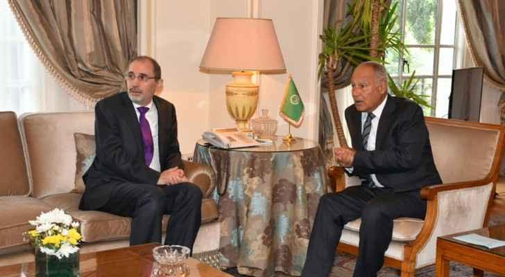 جانب من اجتماع الصفدي مع ابو الغيط