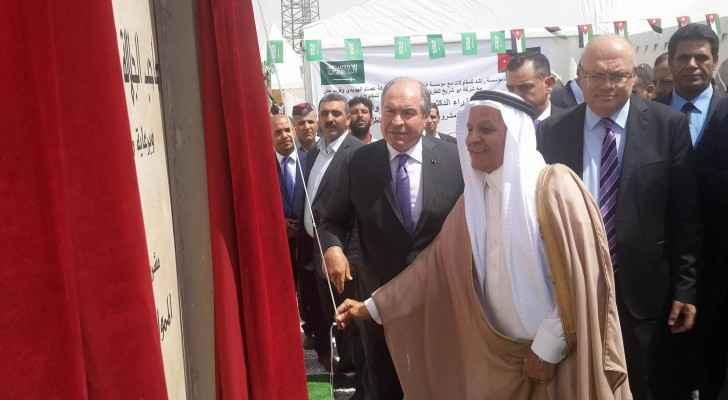 الملقي يفتتح مشروع تأهيل وتحسين الطريق الصحراوي