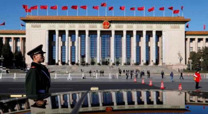 الصين تحقق مع 70 ألف مسؤول متهم بالفساد