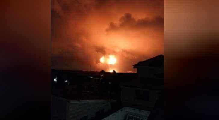 حريق ضخم بعاصمة غانا بعد انفجارين في محطة وقود