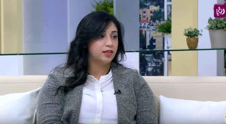 الدكتورة روان الفار - اخصائية طب وجراحة العيون