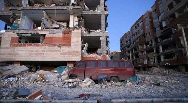 جانب من اثار الزلزال