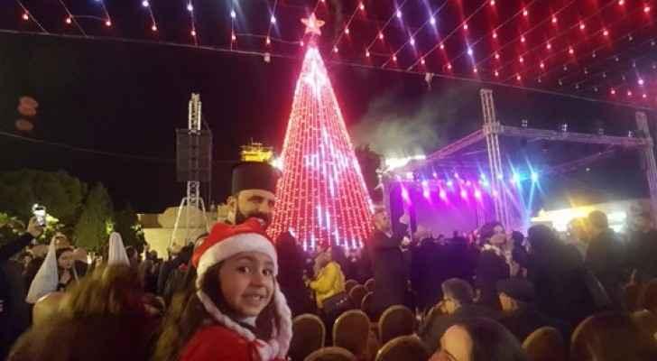 اضاءة شجرة اعياد الميلاد في بيت لحم