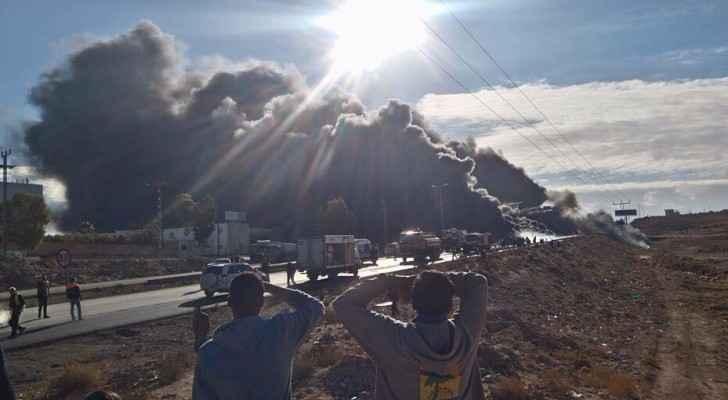 حريق صهريج محمل بالنفط الخام بمنطقة الجيزة