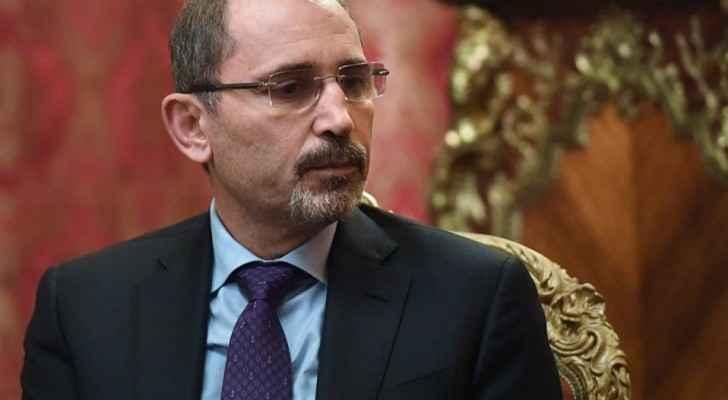 الصفدي يتابع اتصالاته لبحث سبل التعامل مع تداعيات قرار ترمب