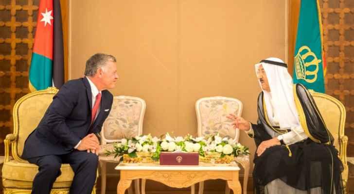 رؤيا الإخباري   الملك يجري مباحثات مع أمير دولة الكويت