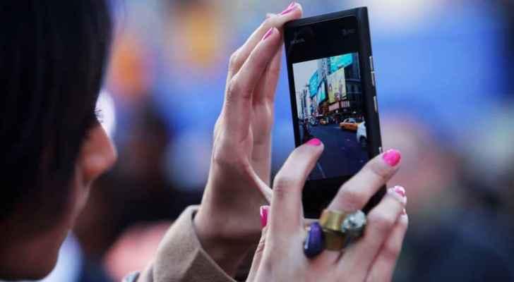 رؤيا الإخباري   هاتفك الذكي أخطر مما تتصور