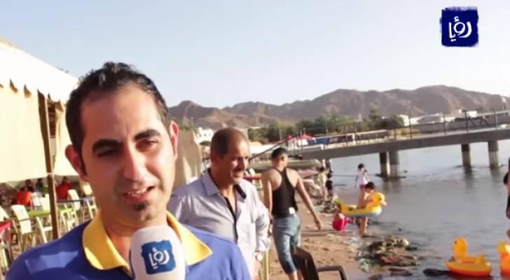 انتشار النفايات في الشاطئ الأوسط بالعقبة يطرد الزوار