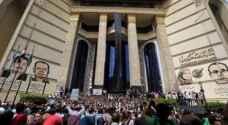 آلاف الصحفيين المصريين يطالبون بإقالة وزير الداخلية
