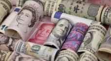 الدولار يصعد واليورو يهبط