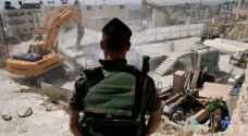 الاحتلال يهدم منشآت تجارية جنوب القدس