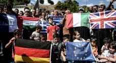 """منظمة العفو تحذر من """"تكدس اللاجئين"""" على الحدود"""