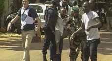 مالي.. إقالة وزير الدفاع غداة سيطرة المتطرفين على مدينة