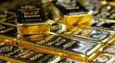 الذهب يتماسك مع تراجع الدولار