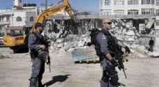جرافات الاحتلال تهدم 4 شقق سكنية في القدس