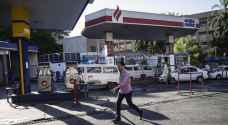 مصر ترفع أسعار الوقود بعد تحرير سعر الجنيه