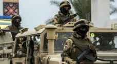 الجيش المصري يضبط سيارتين محملتين بالمتفجرات في سيناء