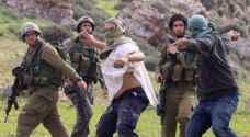 مستوطنون يعتدون على مواطن بالضرب جنوب نابلس