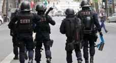 فرنسا تنشر 90 ألف شرطي في احتفالات أعياد الميلاد