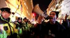 اشتباكات بين عناصر الشرطة ومتظاهرين مناهضين لترامب في واشنطن