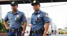 الفلبين تقيل نحو 100 شرطي لتعاطيهم مخدرات