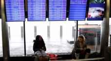 صاعقة برق في مطار بنيويورك تعطل عشرات الرحلات الجوية