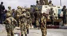 الجيش المصري يضبط 12 داعشيا قبل تنفيذهم عملية إرهابية بسيناء