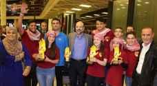 الرزاز يستقبل وقت الفجر طلبة مدرسة أردنية حصدوا جائزة عالمية