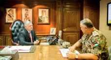 الملك يزور القيادة العامة للقوات المسلحة الأردنية